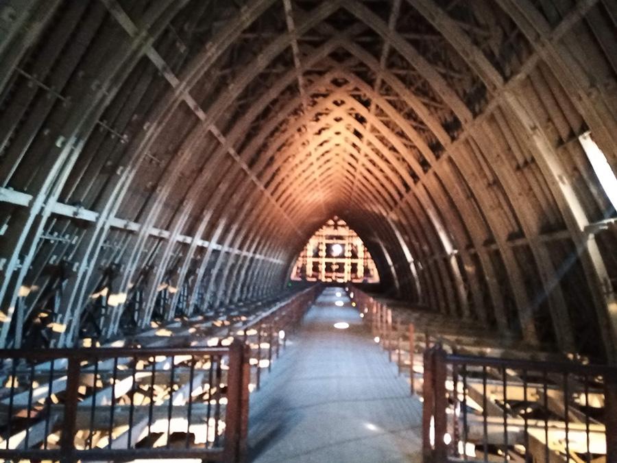 Charpente béton de la cathédrale de Reims