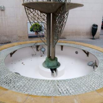 Rénovation des finitions de la fontaine Pavillons