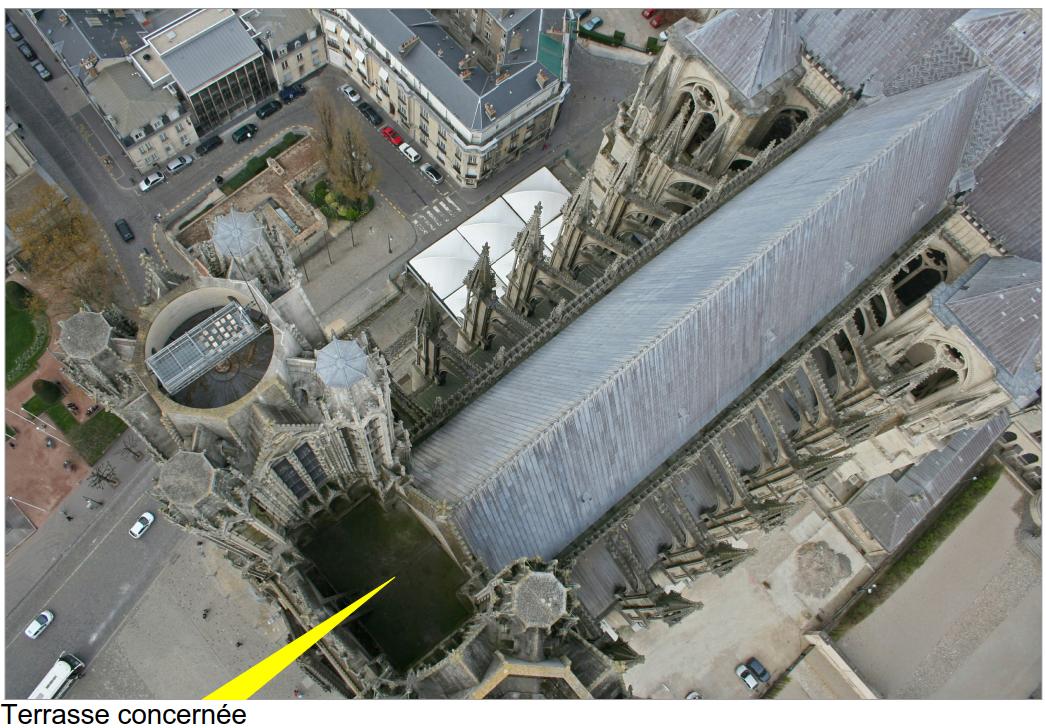 Situation de la terrasse entre les deux tours