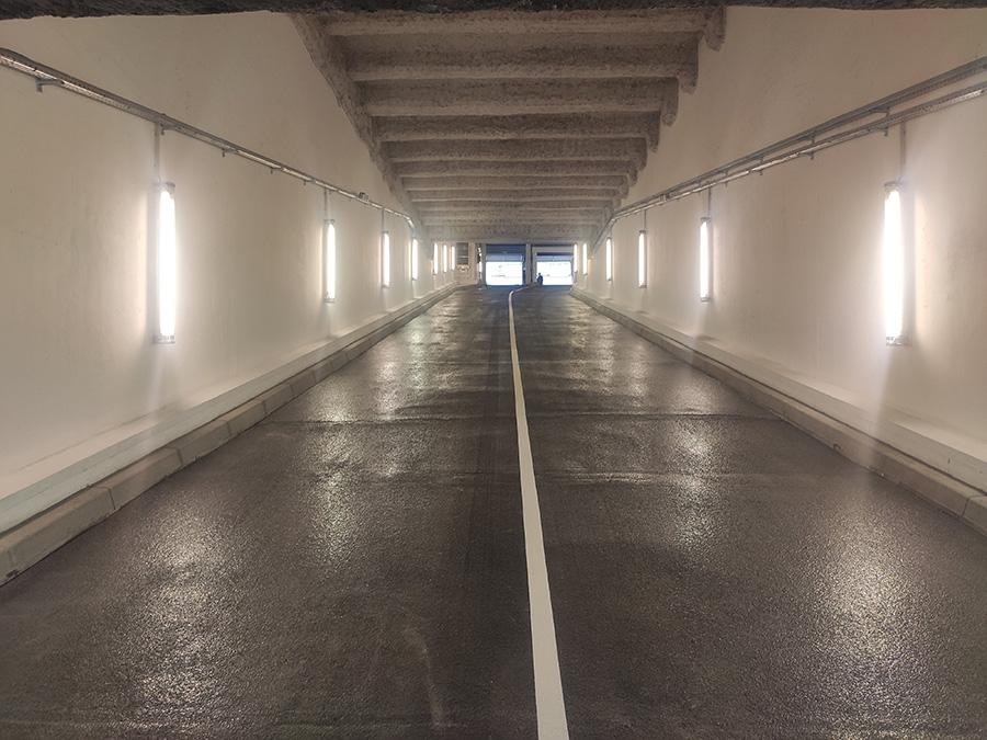 Rampe d'accès du parking